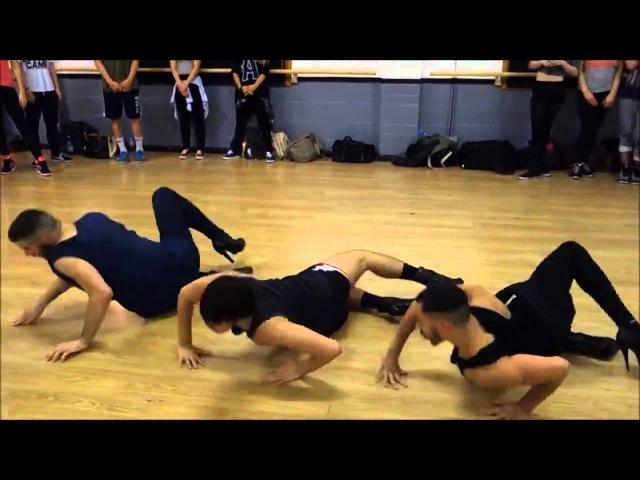 Мужики танцуют на каблуках под Бейонси Классный танец