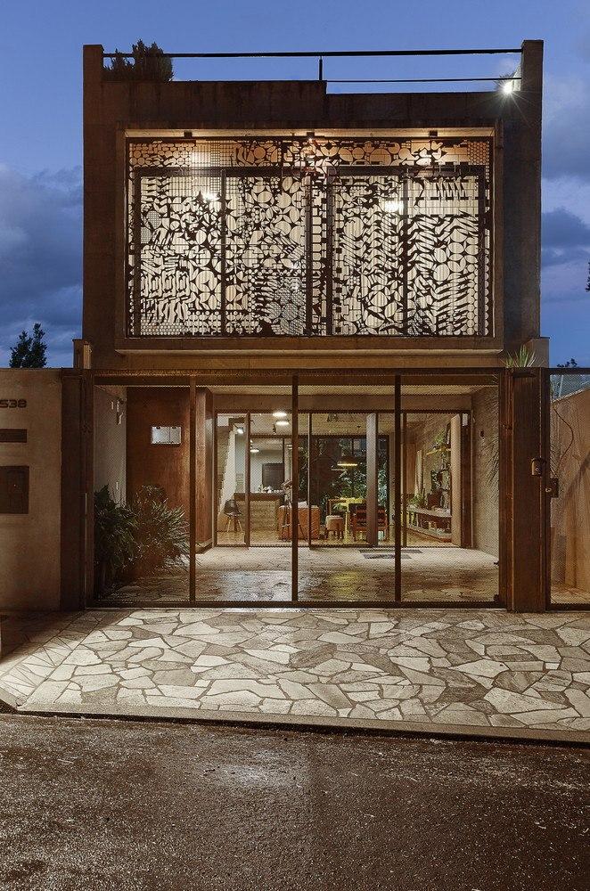 House 538 / Une Arquitetura