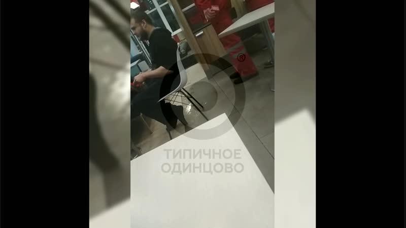 Врачи скорой в Одинцово сели перекусить вместо помощи пациенту