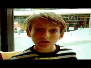 Игра Престолов - юный Джек Глисон (Jack Gleeson) Король Джоффри поет песенку