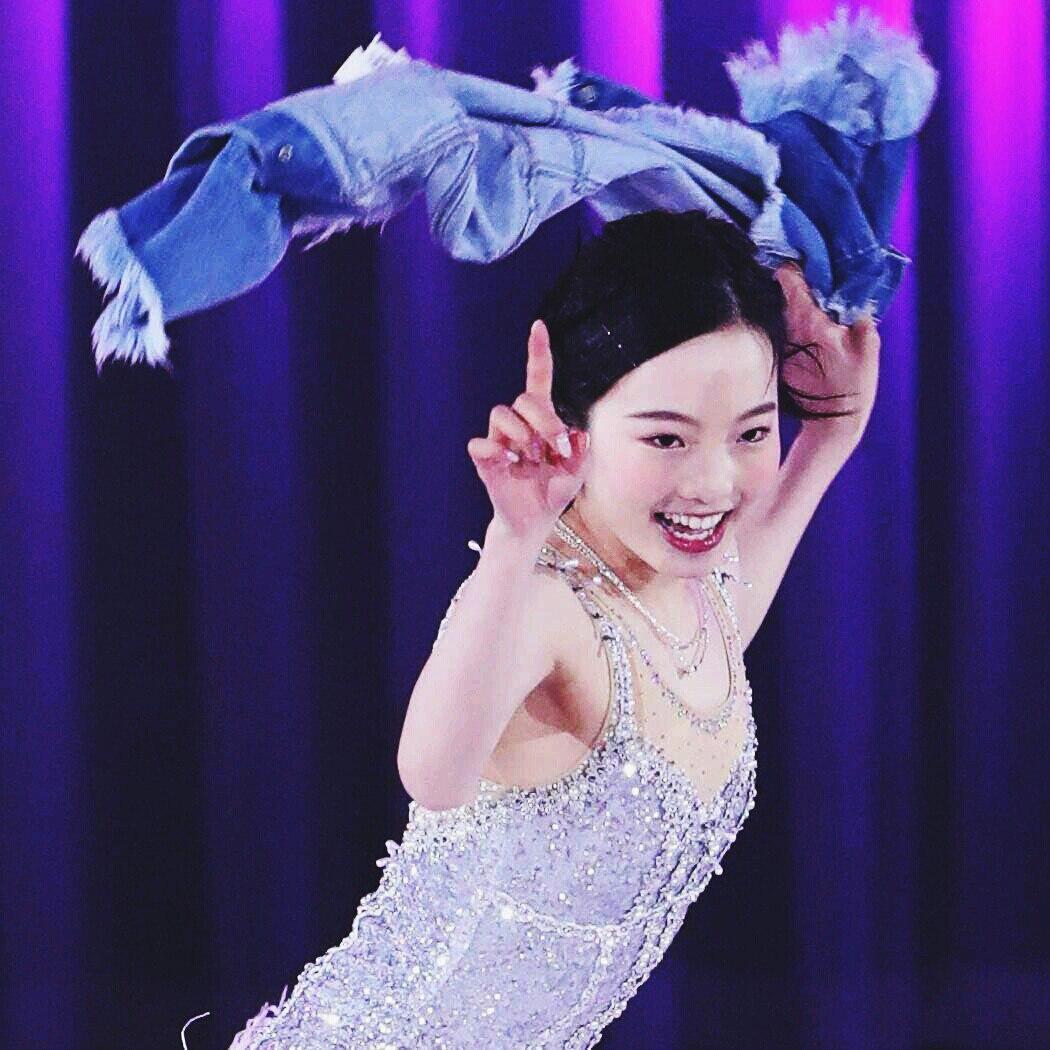 Ледовые шоу-5 - Страница 21 HNJvoyuj6eQ
