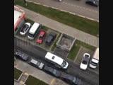 Наглый водитель маршрутки объезжает дворами пробку на Можайском шоссе