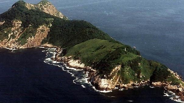 Жуткие истории необитаемых ныне островов Эти пять островов просто-таки манят своим великолепием, однако за кажущейся приветливостью скрываются вселяющие ужас проклятья. Атолл Пальмира Атолл