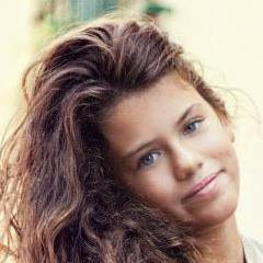 <b>Silvana Caruso</b> updated her profile picture: - rYJZ_B6oGEc