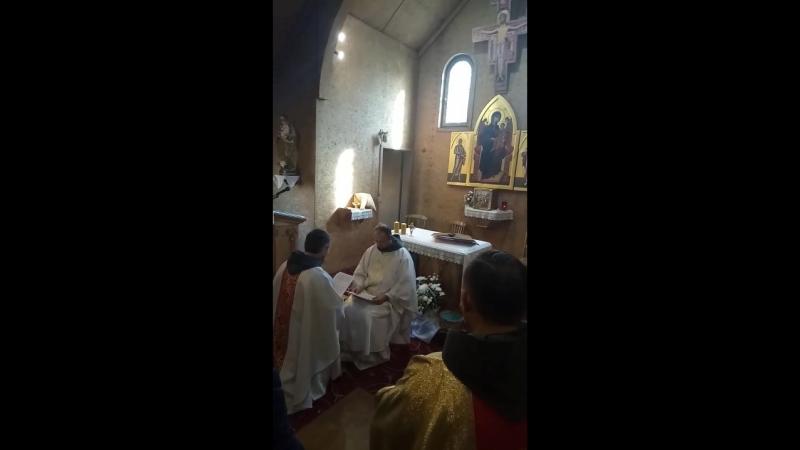 Кустод ордена францисканцев о Дарий Харисимович возводит в должность настоятеля прихода свв Георгия и Франциска в Калуге о