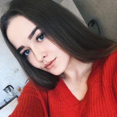 Анжелика Платова