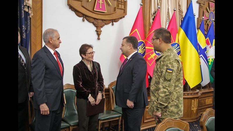 Міністр оборони України провів зустріч з Послом Сполучених Штатів Америки в Україні