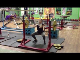 Попова Юля 2007 года рождения!!! Присед 50 кг 3п по 3 р!!!. вес 54 кг