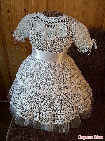 Нарядное платье для девочки крючком.
