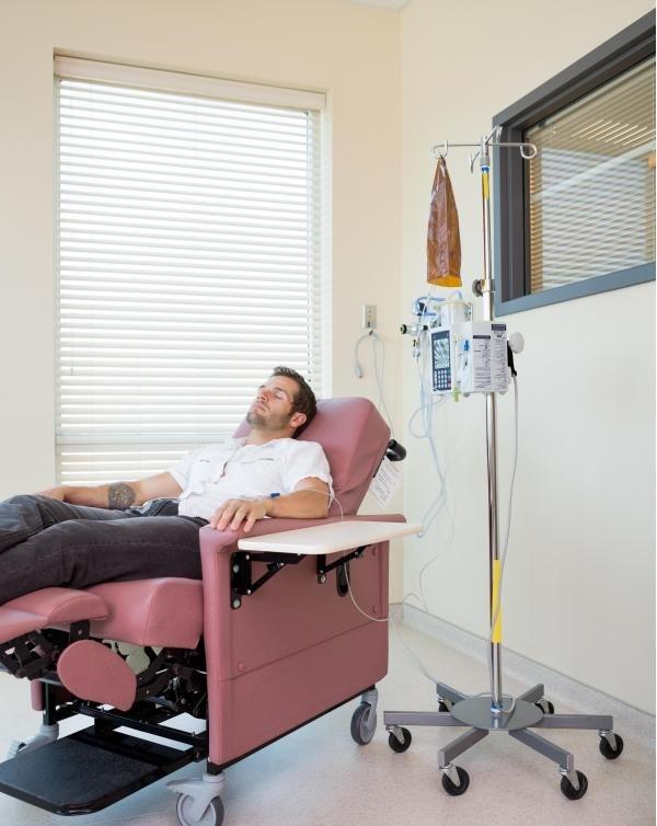 Химиотерапия - это один из методов, который используют онкологические врачи для лечения пациентов.
