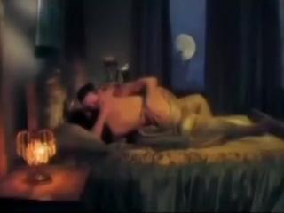 Эвелина Блёданс - Войди (Катя и Каин) видео из сериала Проклятый рай