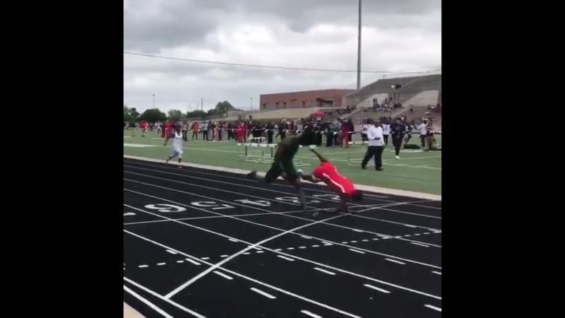 Полет на финиш на 400 м