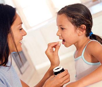 Какие факторы влияют на внимание при аутизме?