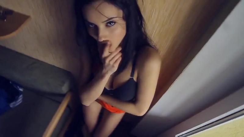 Московские шлюшки зажигают в клубах Mateusz Pazur - Dangerous Temptation 3 - Mateusz Pazur Video Mashup (720p)