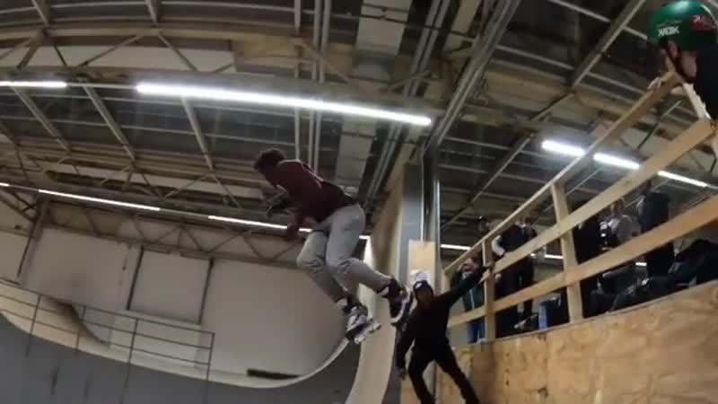 Diabo Diako - линия в скейтпарке