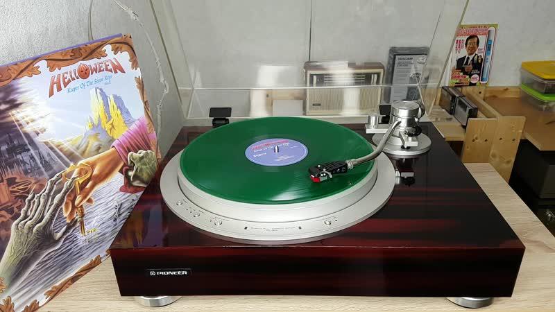 Helloween – Keeper Of The Seven Keys-green