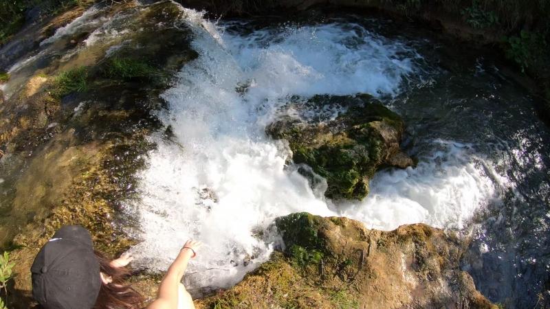 Где то между Ропшей и Гостилицы.Маленький неагарский водопад