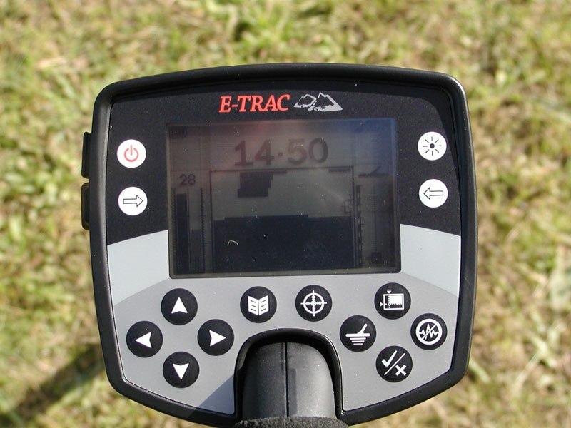 Грунтовый профессиональный русифицированный металлоискатель Minelab Explorer E-Trac