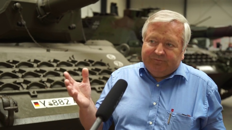 Panzerbau im Kalten Krieg - Interview mit Rolf Hilmes