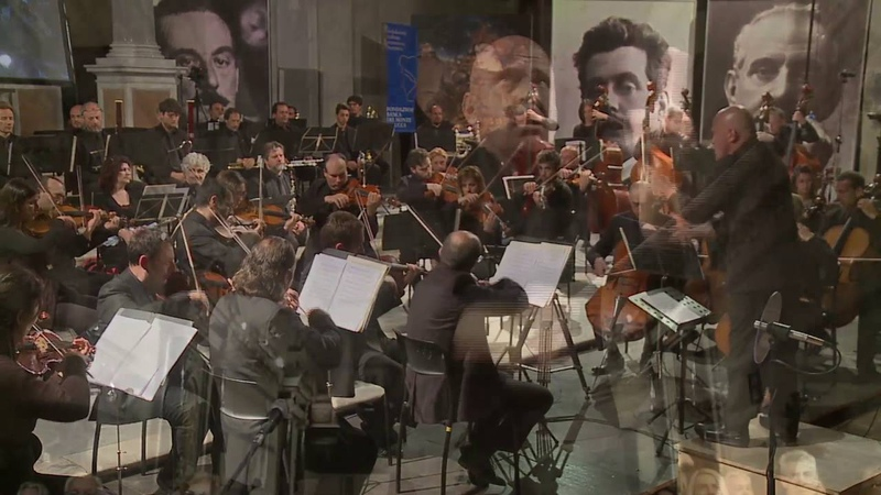 G.F.HANDEL - SARABANDE (theme from BARRY LYNDON) - LUCCA PHILHARMONIC - ANDREA COLOMBINI