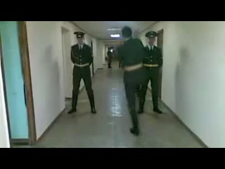 Курсанты танцуют тектоник! Армейские танцы