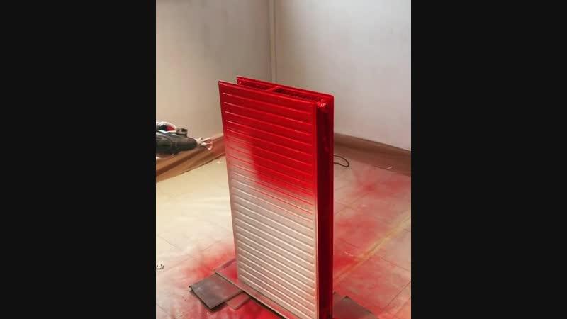 В интерьере должен быть красный радиатор Да запросто просто взяли и покрасили