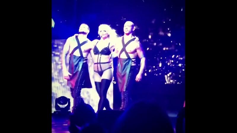 20.07.2018 - Make Me... [Nip Slip] - Borgata, Atlantic City, NJ, USA - Britney Spears