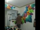 Украсил стену