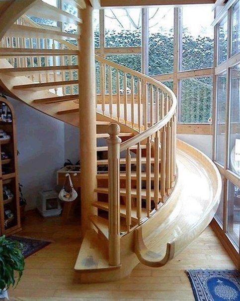 Лестница с горкой для детей (1 фото) - картинка