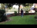 Рахим Стерлинг сыграл в футбол с детьми во дворе