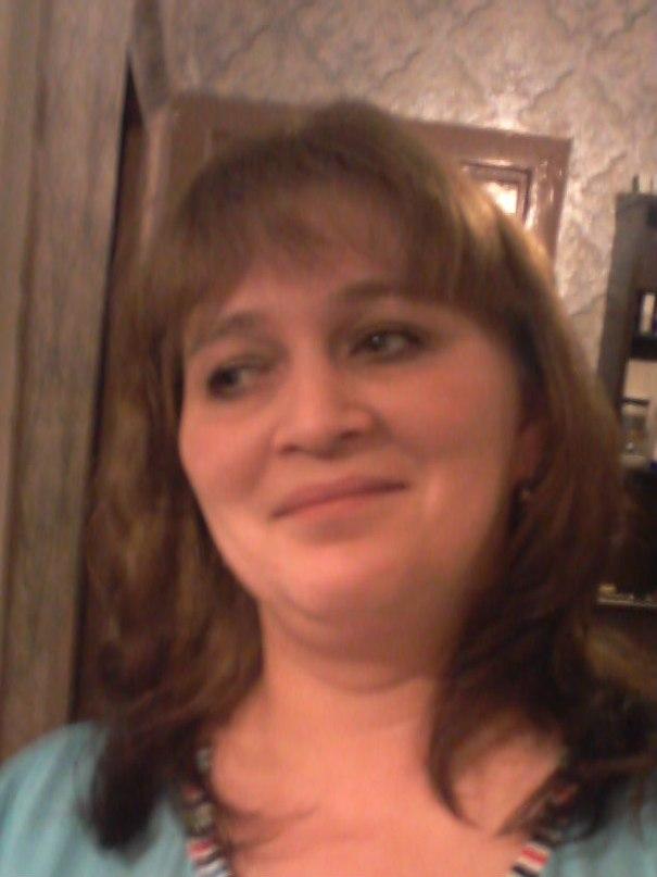 Lena, 42, Polyarnyye Zori
