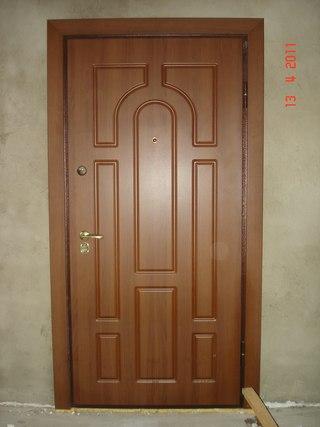 установка металлических дверей с домофоном ступино
