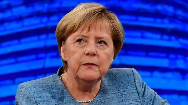Тиля Швайгера и Ангелу Меркель взломали хакеры Несколько немецких кинозвёзд, комиков, рэперов и около сотни политиков из различных партий Германии (включая канцлера Ангелу Меркель) подверглись