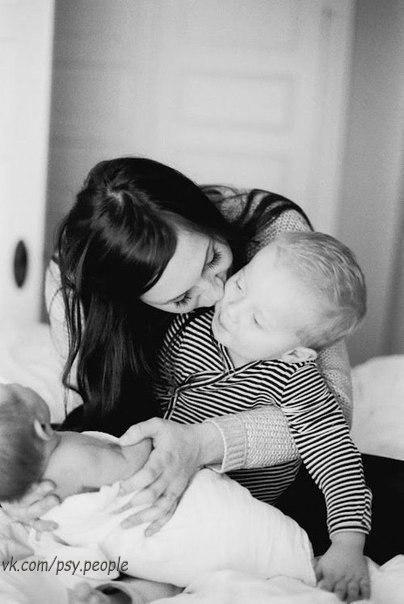 Нет в этом мире счастья большего, чем быть мамой...