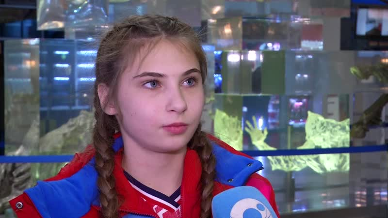 Встреча победительниц первенства мира по самбо Олинды Храпуновой и Юлии Тригубовой