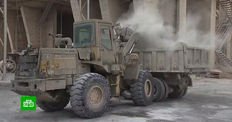 Крупнейший в Сирии цементный завод перешел на круглосуточный режим