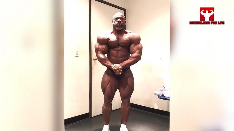 Dexter Jackson 48 лет