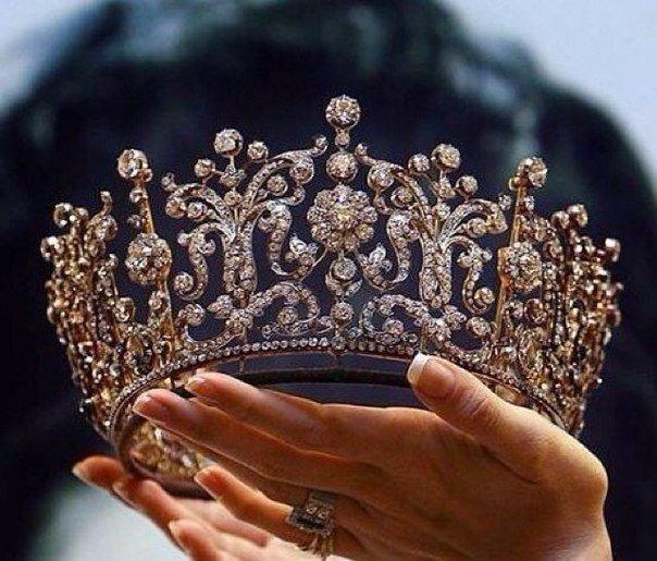 Каждая мама достойна такой короны! (1 фото) - картинка