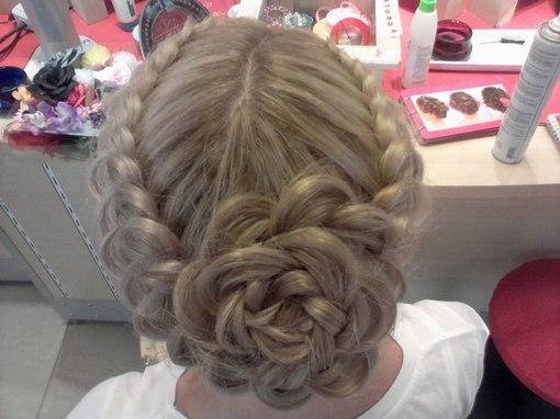 Причёски с кос на длинные волосы с фото схемами9
