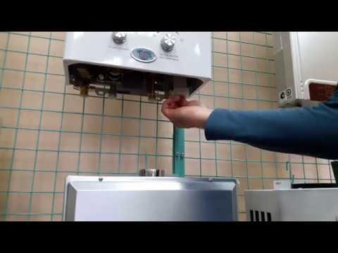 Как заменить батарейки на газовой колонке. Replacement of batteries on the gas water heater.