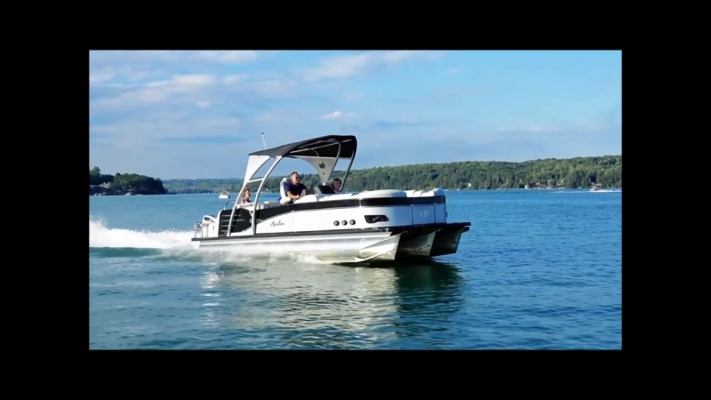 Tahoe FAMILY Pontoon Boats Models BM