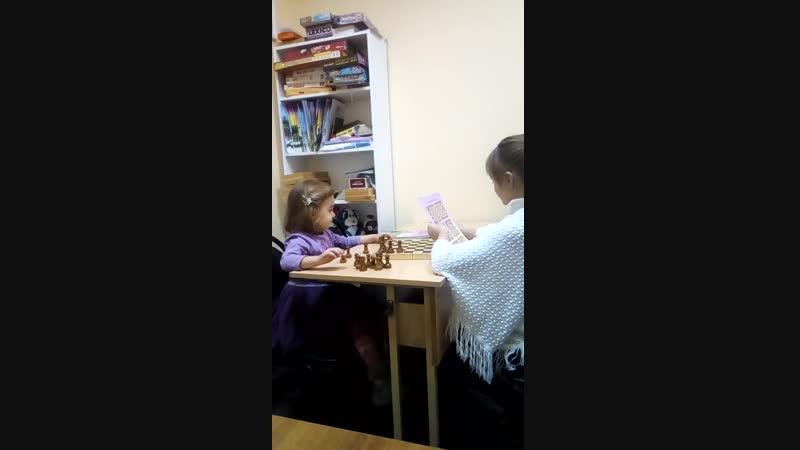 Мариюшка 3годика и Лилечка 8лет