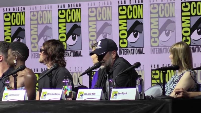 Обсуждение ухода главного героя сериала Ходячие мертвецы на Комик-Кон 2018