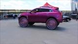 Гипер кастомайзинг Hi Risers огромные колеса в стиле Donks, Box, Bubbles
