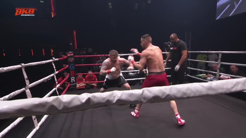 JAMES CONNELLY VS ASH GRIFFITH BKB14 PRO BARE KNUCKLE BOXING O2 ARENA EXCLUSIVE