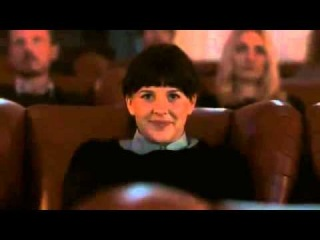 Бенедикт Камбербэтч в роли Хамфри Богарта в рекламе Electric Cinema в Ноттинг Хилле