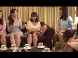 Japonesas assistem porno lesbico - xnxx.com.mp4
