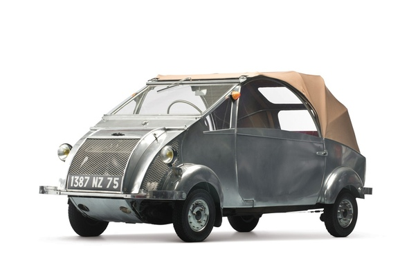 Очень редкие:1957 Voisin Biscooter Класс: prototype Двигатель: I1 0.2 L Мощность: 9 л.с. КПП: МКПП-3 Привод: передний Компоновка: переднемоторная Тип топлива: бензин Страна марки: Франция Страна