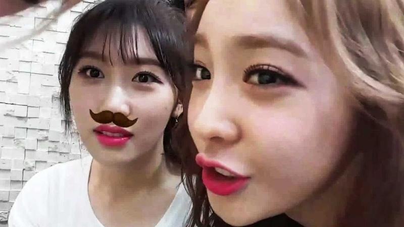 SONAMOO Nahyun can't help kissing Euijin