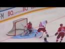 Губернатор Московской области Андрей Воробьев забил шайбу в ходе игры Ночной Хоккейной лиги, где Сборная НХЛ сошлась в товарищес